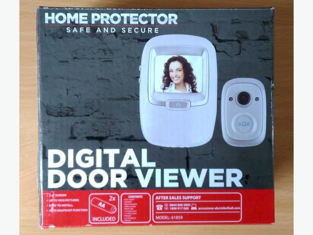 "Home Protector 2.4"" White Digital Door Viewer Doorbell With Snapshot Function"
