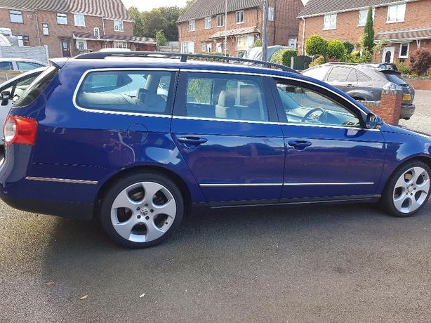 VOLKSWAGEN PASSAT SE FSI  ESTATE   2.0L  6 SPEED MANUAL PETROL * LIKE AUDI A4 *