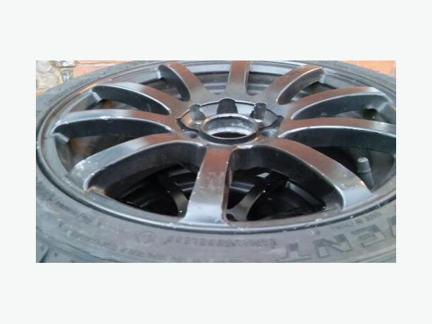 4x Alloy wheels