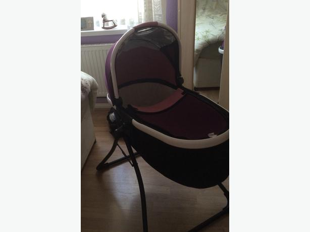Baby Crib reversable covers + Baby bath