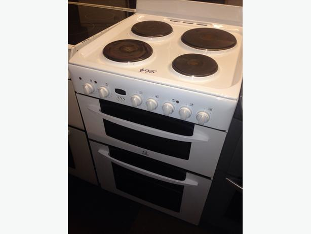 INDESIT DOUBLE OVEN FAN ASSISTED 60CM ELECTRIC COOKER