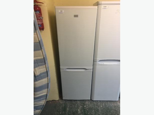 lovely zanussi fridgefreezer tel 01902 863838