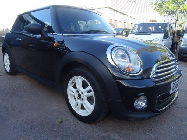 2012/62 MINI ONE HATCH 1.6 PETROL *low milage*