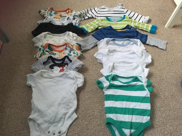 60 items of baby clothing