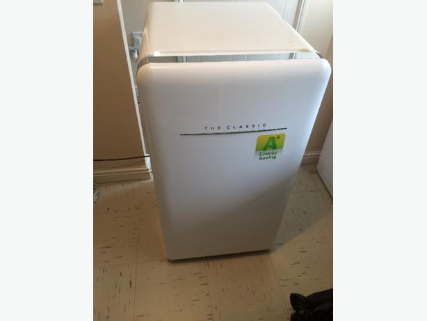 80l retro fridge