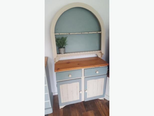 Dresser with wall mounted top - Shabby Chic
