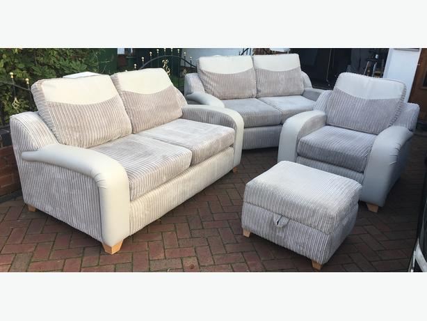 DFS set 2 + 2 + 1 + footstool - good condition // free delivery
