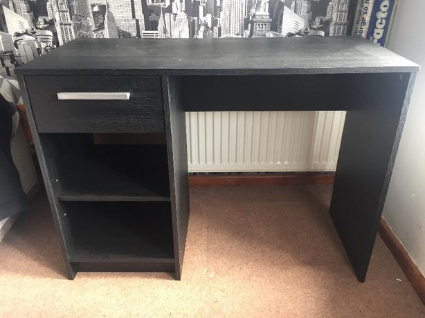 black work desk