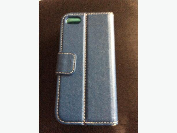 iPhone 5/5s blue leather flip back case