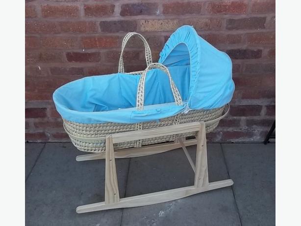 Baby crib & stand