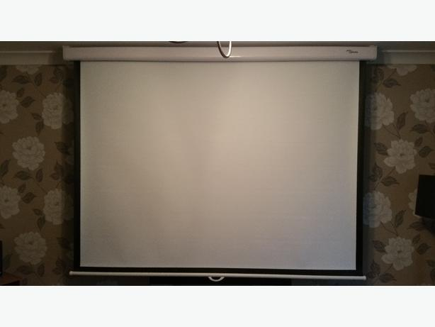 "optoma 84"" projector screen"