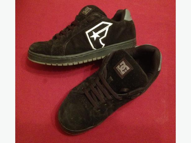 Limited Edition DC's Famous Stars & Straps skate shoe court shoe