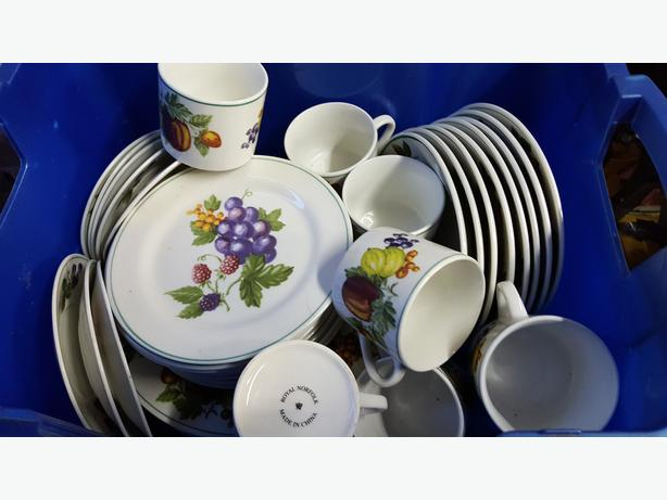 Royal Norfolk crockery
