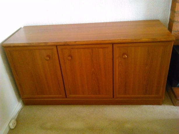 Teak Wood sideboard/storage excellent condition