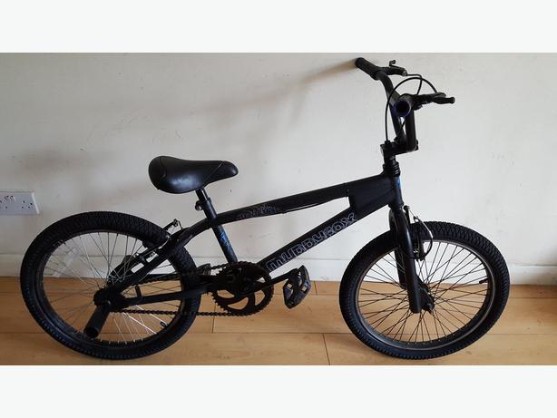 MuddyFox BMX Bike. 20 inch wheels. (Suit age: 8 to 16 years).