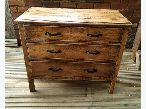 Rustic, solid oak chest of drawers..