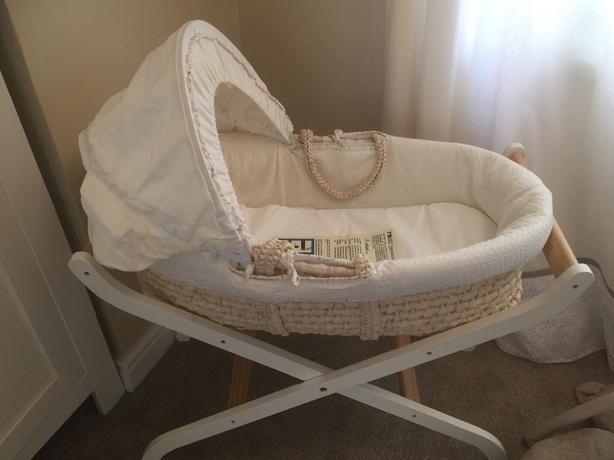 mothercare moses basket with stand and mattress great condition!! price dropped