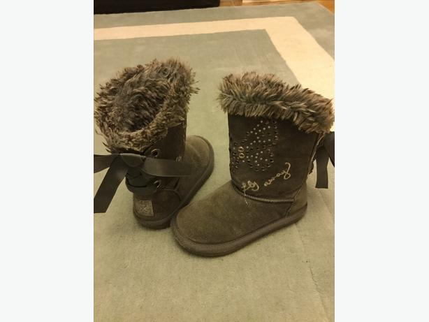 Next girls grey boots size 9