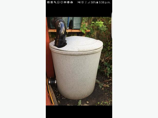Pond filter sieve easypod koi oldbury dudley for Used fish pond filters