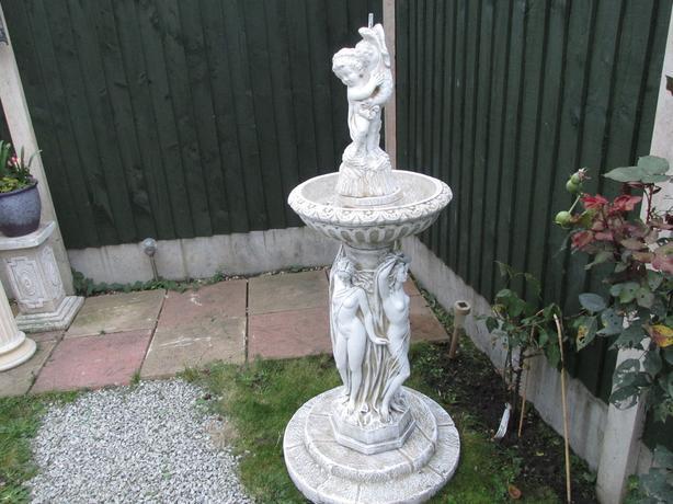 Three-Graces Garden Fountain