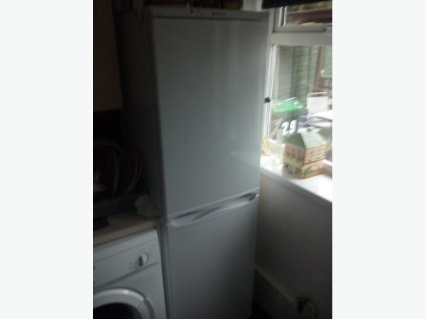 hotpoint fridge/freezer