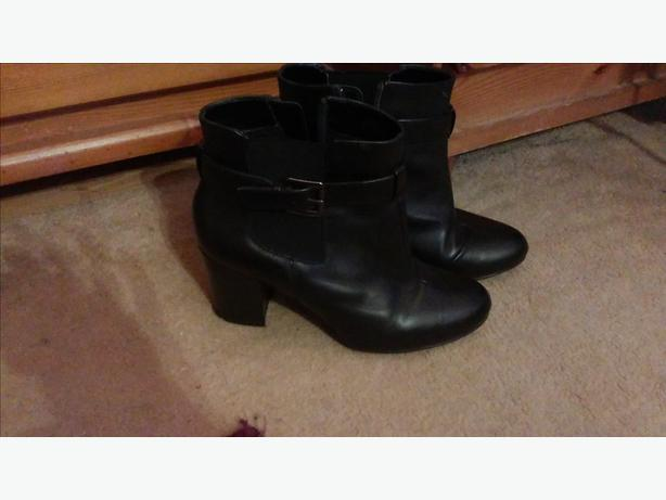 Ladies size 4 LEATHER BLACK BUCKLE ANKLE BOOTS