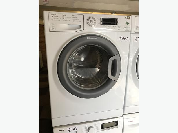 HOTPOINT 8KG WASHING MACHINE0