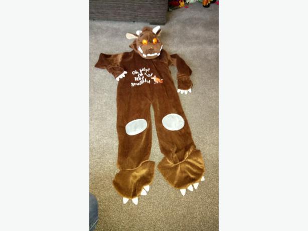 Gurffalo dress up