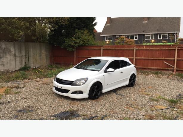 Astra H 1.9 diesel SRI plus coupe