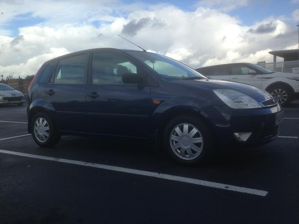 FORD FIESTA 1.4 GHIA 53 Reg  MK5 5 DOOR HATCH BACK BLUE