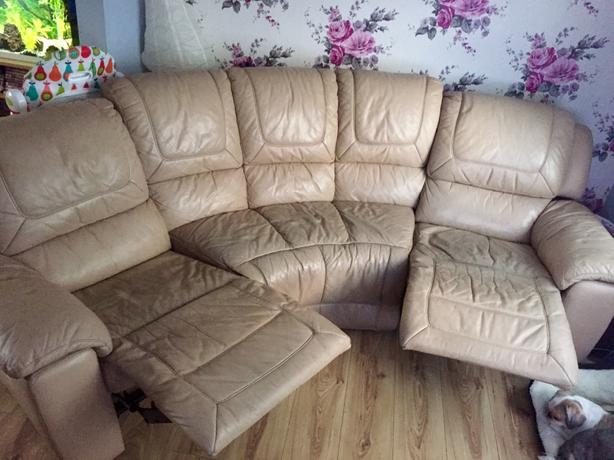 5 seater curved leather reclining sofa