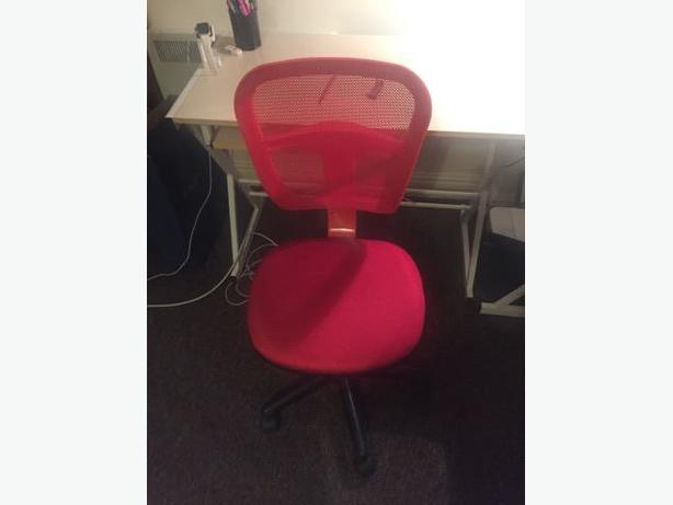 Red Studying Chair