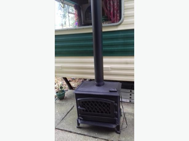 BROSELEY GAS STOVE
