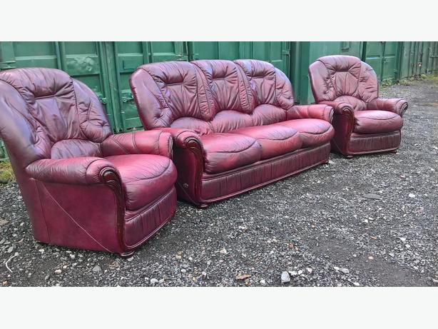 Oxblood red 3+1+1 sofa set (Delivery)