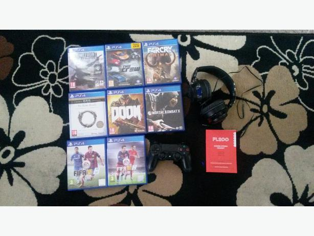 ps4 games,pad,headphones,and qwerty keypad