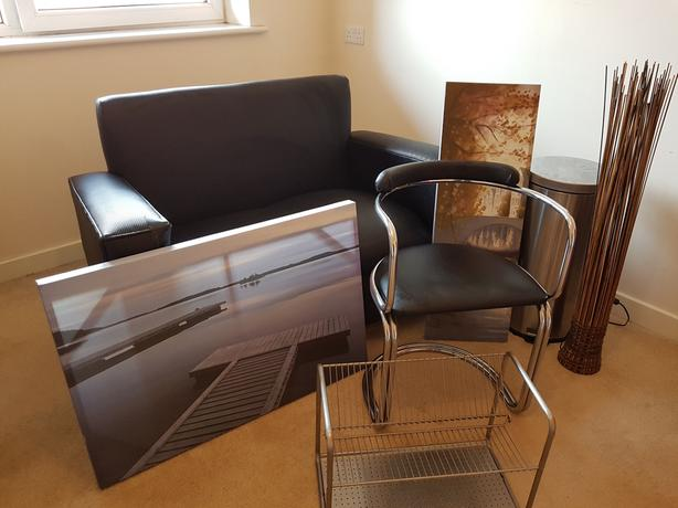 Mixed lot of furniture and accessories