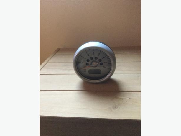 Mini Cooper rev meter (tachometer)