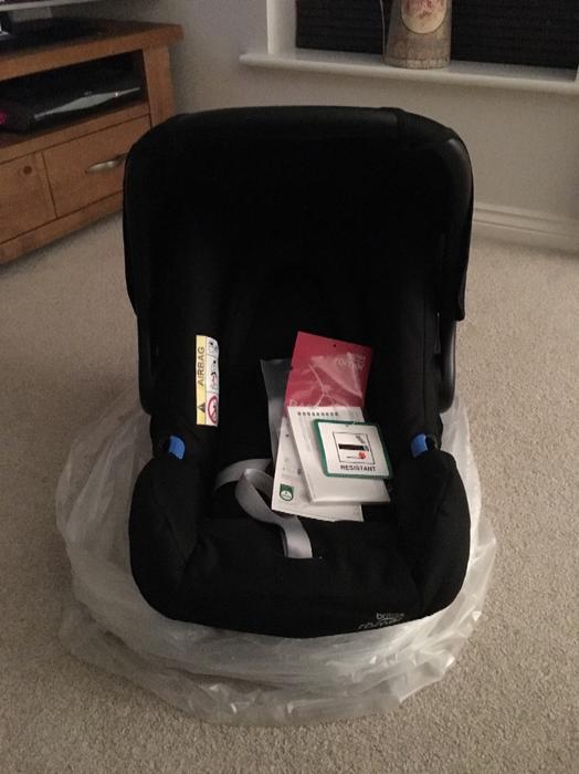 britax romer baby safe car seat wednesbury sandwell mobile. Black Bedroom Furniture Sets. Home Design Ideas