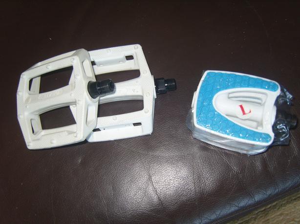 Pedals £2 pair 3 pairs left