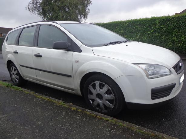 55 reg ford focus 1.6 diesel estate needs slight attention DRIVEAWAY OR DELIVERY