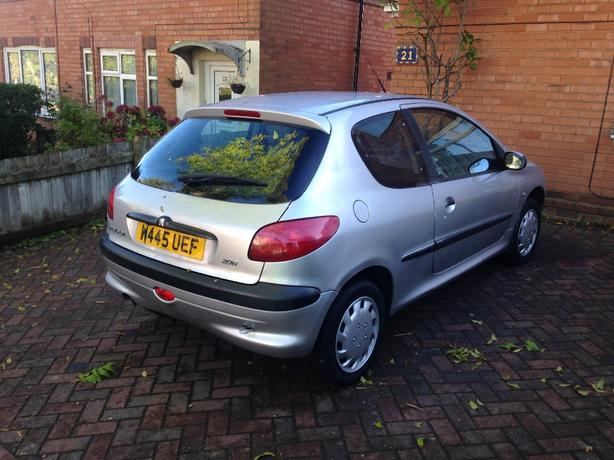 bargain peugeot 206 1.4 cc long mot px/swap welcome