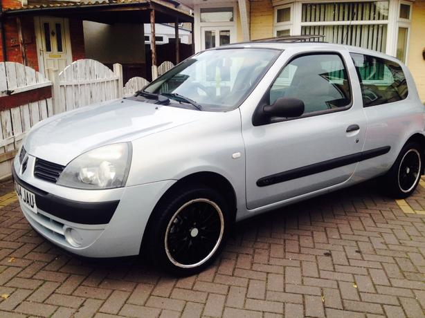 clio 1.2 2004!! only 76k!! fantastic car!!