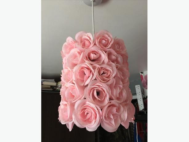 Pink roses lightshade & string lights
