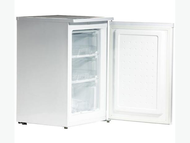 ESSENTIALS CUF55W12 Undercounter Freezer - White  86 ltr