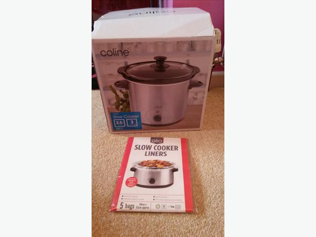 Coline Slow Cooker in box with bags COLLECT TODAY £8