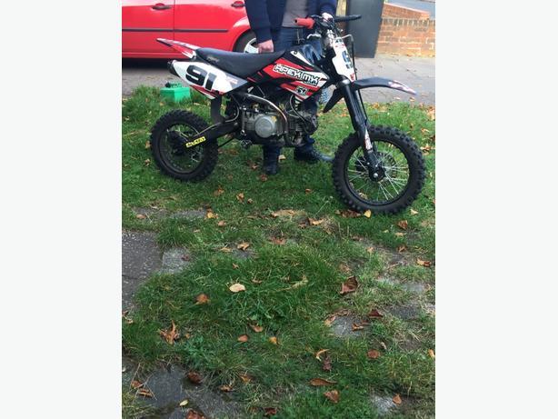 140cc stomp bigwheel pitbike.
