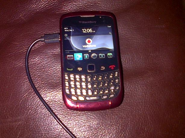 BLACKBERRY CURVE VODAFONE RED