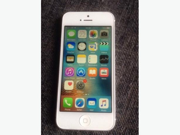 Boxed iPhone 5 Factory Unlocked to all Networks Good Condition Can Deliver