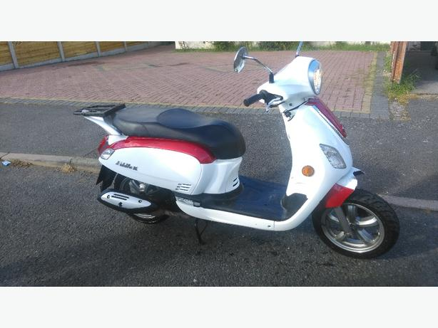 sym fiddle III 125  with mot