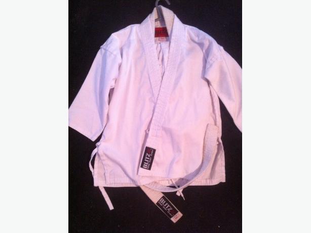 karate suit 120 cm